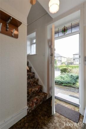 Hall / Front Doorwa