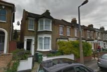 Goldsmith Road Ground Flat to rent