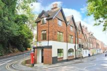 Apartment to rent in Haslemere