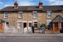 2 bed house in Connaught Road, Fleet...