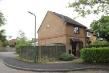 2 bed property to rent in Hop Garden Road, Hook...