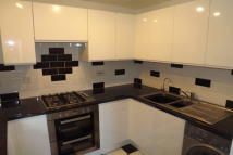 2 bedroom Apartment to rent in Oldfield View...
