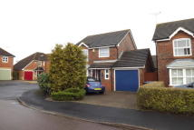 3 bedroom Detached property in Hop Garden Road, Hook...