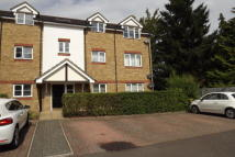 2 bed Flat to rent in Clarence Road, Fleet...