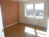 Flat to rent in AVAILABLE NOW!! Rosedale...