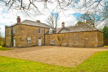 Detached house to rent in Shotover Estate, Oxford...