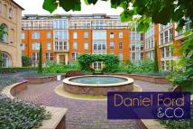 Flat to rent in Francis House...