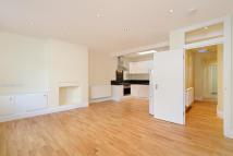 Apartment in Drayson Mews...