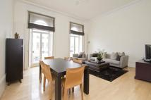 3 bed Flat to rent in Queens Gate Terrace...