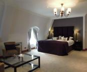 Penthouse to rent in Prince of Wales Terrace...