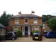 House Share in Copthorne Common...