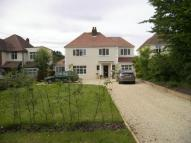 Three Bridges Road Detached house to rent