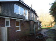 2 bed Flat in High Street, Handcross...