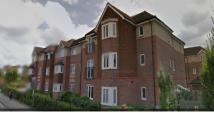 2 bed Maisonette to rent in Crawley Road, Horsham...