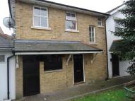 1 bedroom Flat in CONSORT WAY EAST, Horley...