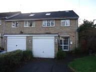4 bed End of Terrace home to rent in Mannings Close, Crawley...