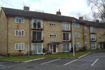 2 bed Flat to rent in Five Acres, Crawley...