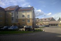 Flat to rent in Barnardos Village IG6