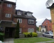 1 bedroom Flat for sale in Springwood Crescent...