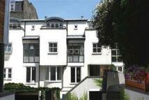 3 bedroom Detached property in Park Walk, Chelsea