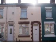 Terraced home to rent in Grantham Street...