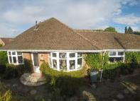 4 bedroom Detached property in Barn Lane, Oakley...