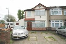 3 bed End of Terrace house in Halsbury Road West...