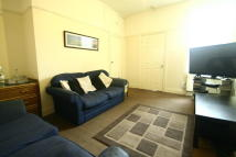 Flat to rent in Spencer Street, Heaton...