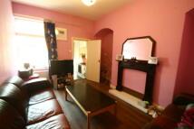 Maisonette to rent in Warton Terrace, Heaton...