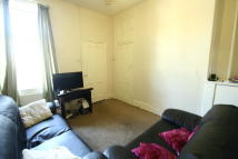 3 bed Flat to rent in Simonside Terrace...