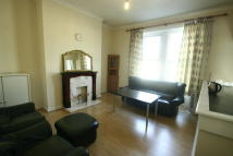 4 bed Maisonette to rent in Heaton Road, Heaton, NE6