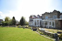 Detached home in Willowdene House...