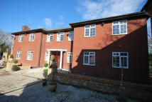 5 bed Detached home to rent in Willoughby Road...