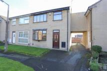 4 bed property for sale in Southdown Close...