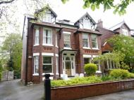 Flat to rent in Peel Moat Road...