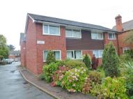 1 bed Ground Flat in Victoria Road...