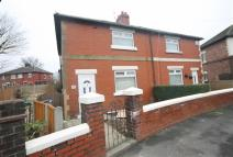 3 bed semi detached house to rent in Reddish Road...