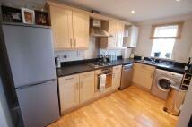 Flat to rent in Longleat Walk...