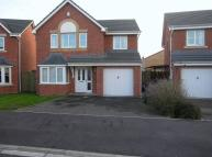 Detached home to rent in Woodlands Green...