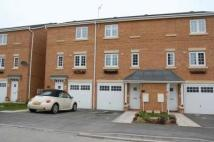 3 bed Terraced property in Hilden Park...