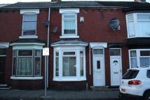 2 bed Terraced house in Athol Street...