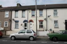 Terraced home to rent in Victoria Street