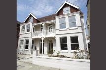 6 bedroom semi detached home in Pembroke Crescent, Hove