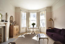 Ground Flat for sale in FIRST AVENUE, Hove, BN3