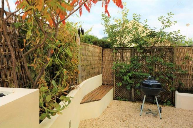 Rear Garden Se...