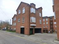 1 bedroom Flat in Hunters Wharf...