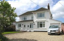6 bedroom Detached home in Berrow Road...