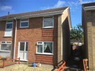 3 bedroom semi detached property to rent in Gloucester Road...