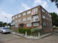 2 bed Flat to rent in Patricia Court...