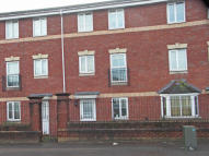 3 bed Town House in Armoury Drive, Heath...